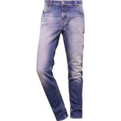 Jeansy męskie regular: CLOSED UNITY  Jeansy Straight Leg worn down