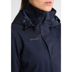 Bergans SYVDE Kurtka hardshell dark navy/nightblue. Niebieskie kurtki damskie turystyczne Bergans, s, z bawełny. W wyprzedaży za 734,30 zł.