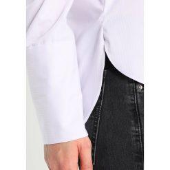 Bluzki asymetryczne: JUST FEMALE VERTI  Bluzka optical white