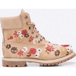 Timberland - Botki A1KIR. Szare buty zimowe damskie marki Timberland, z materiału, z okrągłym noskiem, na obcasie, na sznurówki. W wyprzedaży za 599,90 zł.