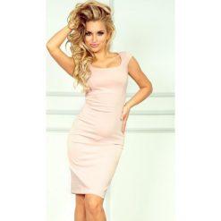 Villette Dopasowana sukienka - Pastelowy róż. Czerwone sukienki balowe marki numoco, s, z materiału, dopasowane. Za 149,99 zł.
