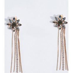Kolczyki damskie: Wiszące kolczyki z błyszczącymi kwiatami – Złoty