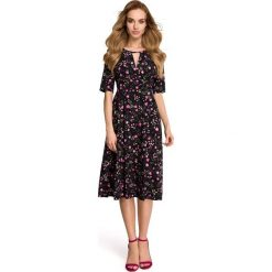 GRACIA Zwiewna sukienka w drobne kwiatki - model 1. Brązowe sukienki hiszpanki Stylove, s, w kwiaty, z tkaniny, midi, dopasowane. Za 179,90 zł.