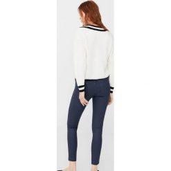 Mango - Jeansy Belle. Szare jeansy damskie rurki marki G-Star RAW, z obniżonym stanem. Za 139,90 zł.