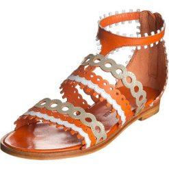 """Rzymianki damskie: Skórzane sandały """"Celia"""" w kolorze pomarańczowo-złotym"""