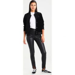 Odzież damska: Vans Kurtka Bomber black