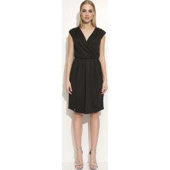 Odzież damska: Czarna Sukienka z Kopertowym Dekoltem