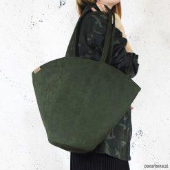 Shelly bag ciemnozielona torba nubuk syntetyczny. Zielone torebki klasyczne damskie Pakamera, w paski, z nubiku. Za 165,00 zł.