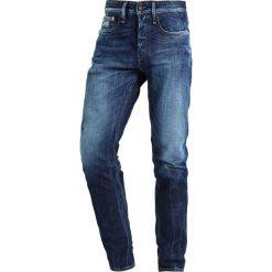 Denham RAZOR Jeansy Slim Fit blue denim. Niebieskie jeansy męskie relaxed fit Denham. W wyprzedaży za 493,35 zł.