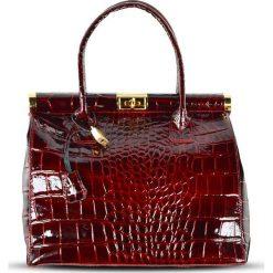 """Torebki klasyczne damskie: Skórzana torebka """"Justine"""" w kolorze czerwonym – 33 x 26 x 16 cm"""