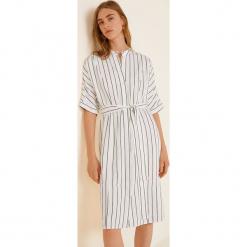 Mango - Sukienka Agnes3. Szare sukienki mini marki Mango, na co dzień, l, z tkaniny, casualowe, z dekoltem halter, na ramiączkach, rozkloszowane. W wyprzedaży za 139,90 zł.