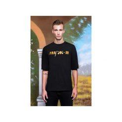 T-shirt ze złotym haftem. Szare t-shirty męskie marki Ombre Clothing, m, z nadrukiem, z bawełny, ze stójką. Za 199,00 zł.