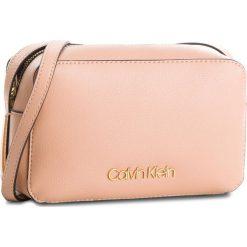 Torebka CALVIN KLEIN - Frame Camera Bag K60K604372 628. Czerwone listonoszki damskie Calvin Klein, ze skóry ekologicznej. Za 399,00 zł.