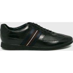Joop! - Buty. Czarne halówki męskie marki Asics, do piłki nożnej. W wyprzedaży za 499,90 zł.