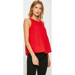 Vero Moda - Top Gudrun. Czerwone topy damskie marki Vero Moda, l, z koronki, z okrągłym kołnierzem. W wyprzedaży za 89,90 zł.