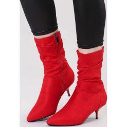 Czerwone Botki Great Romance. Czerwone botki damskie na obcasie vices, na jesień, z materiału, ze szpiczastym noskiem, na wysokim obcasie, na zamek. Za 129,99 zł.