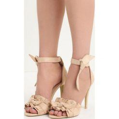 Beżowe Sandały Spring Trip. Brązowe sandały damskie marki Born2be, z materiału, na wysokim obcasie, na obcasie. Za 69,99 zł.