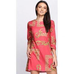 Czerwona Sukienka Yarabi. Czerwone sukienki letnie Born2be, s. Za 39,99 zł.