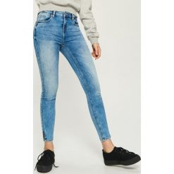 Jeansy skinny mid waist - Niebieski. Niebieskie jeansy damskie skinny marki House, z jeansu. Za 89,99 zł.