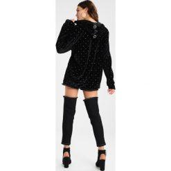 Bluzy rozpinane damskie: Jaded London STUDDED WITH XL EYELET TAPE Bluza z kapturem black