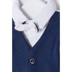 Mayoral - Koszula dziecięca + kamizelka + mucha 65-80 cm. Szare koszule chłopięce z krótkim rękawem marki Mayoral, l, z bawełny, z klasycznym kołnierzykiem. Za 129,90 zł.
