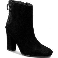 Botki WOJAS - 6581-61 Czarny. Czarne buty zimowe damskie Wojas, ze skóry. W wyprzedaży za 239,00 zł.
