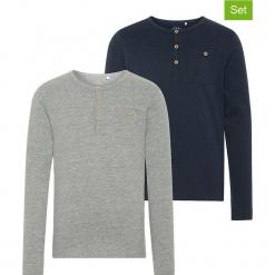 Koszulki (2 szt.) w kolorze szarym i granatowym. Białe t-shirty chłopięce z długim rękawem marki UP ALL NIGHT, z bawełny. W wyprzedaży za 59,95 zł.