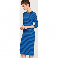 Dzianinowa sukienka midi - Niebieski. Niebieskie sukienki dzianinowe marki Reserved, l, midi. Za 69,99 zł.