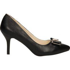 CZÓŁENKA SERGIO LEONE 293-5. Czarne buty ślubne damskie Casu, na koturnie. Za 69,99 zł.
