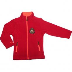 Kurtka polarowa w kolorze różowym. Czerwone kurtki dziewczęce marki Peak Mountain, z aplikacjami, z materiału. W wyprzedaży za 77,95 zł.