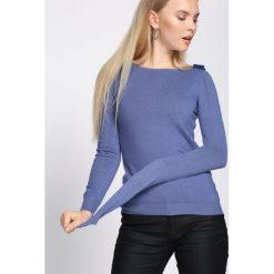 Niebieski Sweter Out Action. Niebieskie swetry klasyczne damskie Born2be, l, z dekoltem w łódkę. Za 49,99 zł.