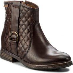 Botki PIKOLINOS - W8M-8921 Olmo. Brązowe buty zimowe damskie Pikolinos, z materiału, na obcasie. W wyprzedaży za 379,00 zł.