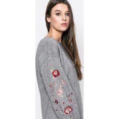 Swetry klasyczne damskie: Answear – Sweter Blossom Mood