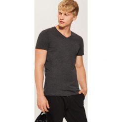 T-shirt basic - Czarny. Czarne t-shirty męskie marki House, l. Za 25,99 zł.