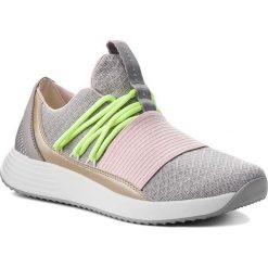 Buty UNDER ARMOUR - Ua W Breathe Lace 3019973-102 Gry. Szare buty do fitnessu damskie marki KALENJI, z gumy. W wyprzedaży za 239,00 zł.