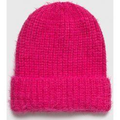 Medicine - Czapka Hand Made. Różowe czapki zimowe damskie marki MEDICINE, na zimę, z dzianiny. Za 39,90 zł.