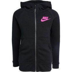 Nike Performance MODERN Bluza rozpinana black/black/black/active pink. Brązowe bluzy dziewczęce rozpinane marki N/A, w kolorowe wzory. W wyprzedaży za 167,30 zł.