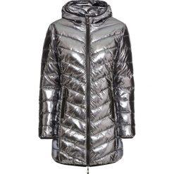 Płaszcz pikowany metaliczny bonprix grafitowy. Szare płaszcze damskie bonprix. Za 269,99 zł.