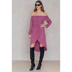 FAYT Sukienka Jack - Purple. Fioletowe sukienki boho FAYT, z poliesteru, z kopertowym dekoltem, kopertowe. Za 207,95 zł.