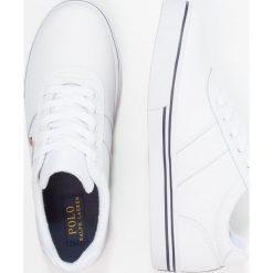 Polo Ralph Lauren HANFORD Tenisówki i Trampki white. Czerwone buty sportowe chłopięce marki Polo Ralph Lauren. Za 379,00 zł.