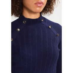 Swetry klasyczne damskie: Karen Millen CHUNKY  Sweter dark blue