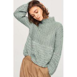 Sweter z domieszką wełny - Turkusowy. Niebieskie swetry klasyczne damskie marki bonprix, na lato, z bawełny, z okrągłym kołnierzem. Za 139,99 zł.