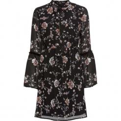 Sukienka z falbanami bonprix czarny w kwiaty. Czarne sukienki z falbanami marki bonprix, w kwiaty, z kokardą. Za 59,99 zł.