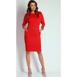 Czerwona Dzianinowa Sukienka z Kimonowym Rękawem. Różowe sukienki dzianinowe marki numoco, l, z dekoltem w łódkę, oversize. W wyprzedaży za 110,58 zł.