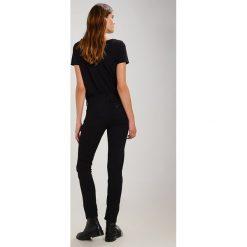 Lee ELLY Jeans Skinny Fit black rinse. Czarne jeansy damskie marki Lee, z bawełny. W wyprzedaży za 271,15 zł.