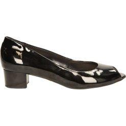 CZÓŁENKA KABAŁA 70-03/2. Czarne buty ślubne damskie Casu, na koturnie. Za 239,99 zł.