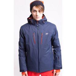 Kurtka narciarska męska KUMN010z - granatowy ciemny - 4F. Niebieskie kurtki męskie zimowe 4f, m, z nadrukiem, z materiału, narciarskie, dermizax. Za 599,99 zł.
