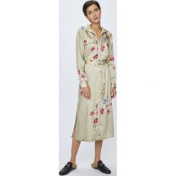 Pepe Jeans - Sukienka Auro. Szare długie sukienki marki Pepe Jeans, na co dzień, l, w paski, z jeansu, casualowe, z długim rękawem, proste. Za 439,90 zł.