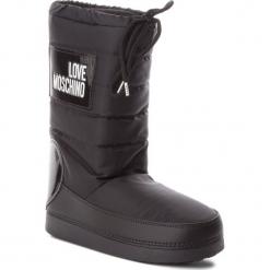 Śniegowce LOVE MOSCHINO - JA24022G16IK200A Nero. Czarne buty zimowe damskie Love Moschino, z materiału, na niskim obcasie. Za 589,00 zł.