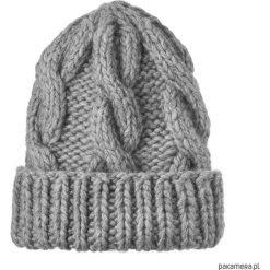 Czapki zimowe damskie: Czapka w warkocze szara